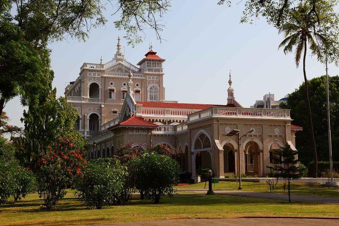 Aga Khan Palace Front View